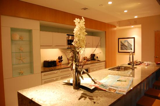 Santa Maria Suites: Nice Kitchen