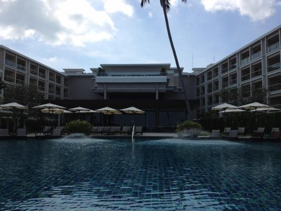 Crowne Plaza Phuket Panwa Beach : main pool