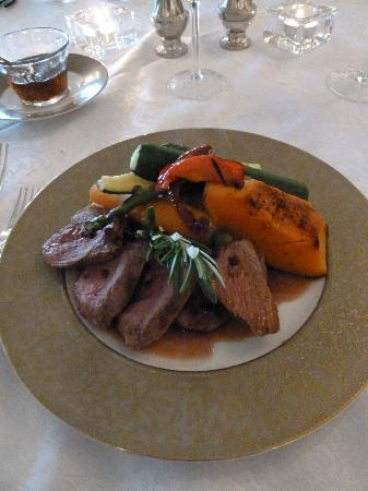 Ratanui Lodge: The most delicous and well presented lamb I've ever had