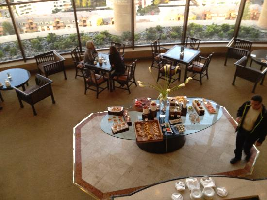 Grand Hyatt Santiago: Club Lounge
