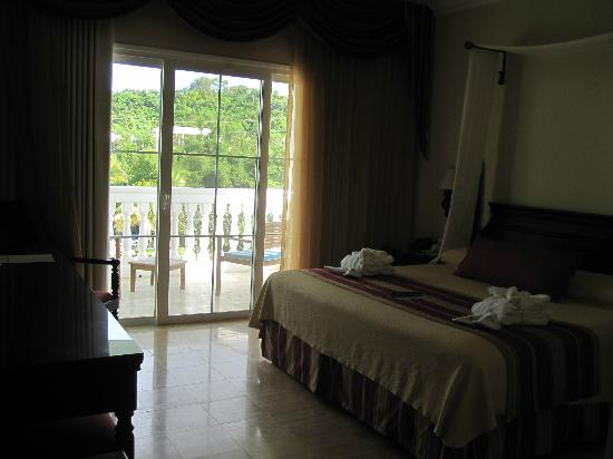 Grand Palladium Jamaica Resort & Spa: bed room with extra balcony