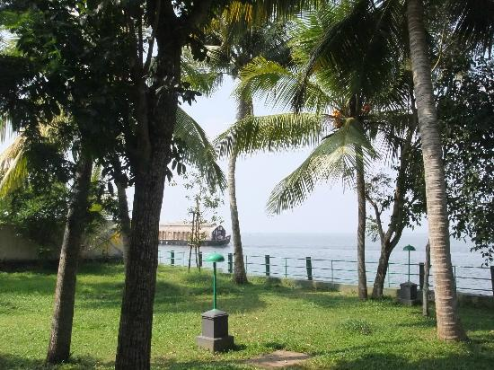 Illikkalam Lakeside Cottages: View
