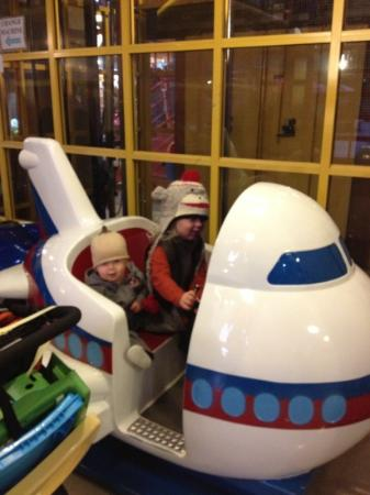 Kids Only Market : lots of little rides