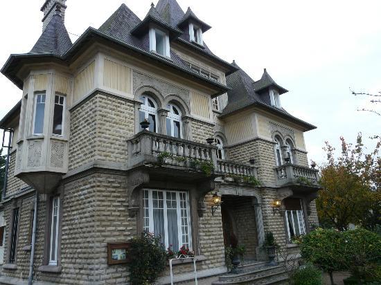 Le Castel Guesthouse: Het hotel guesthouse