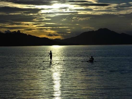 Nukubati Private Island: サンセット