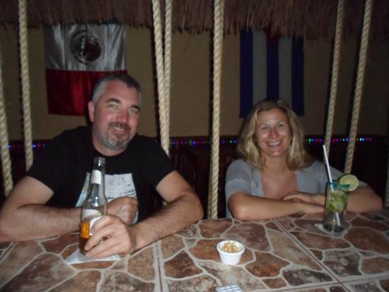 La Malquerida : el bar