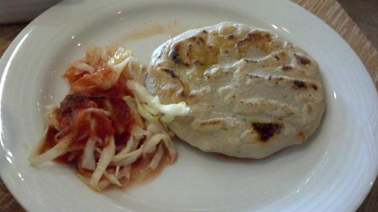 Real InterContinental San Salvador at Metrocentro Mall : pupusa