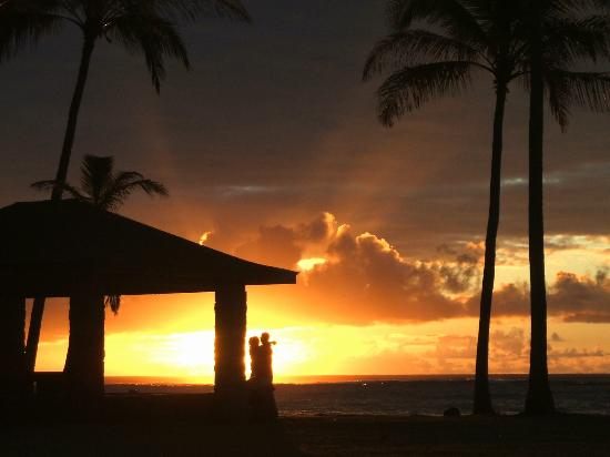Kauai Beach House: other guests enjoying the sunrise... I HAD TO SNEAK THE SHOT... It was such a beautiful moment