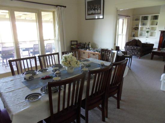 Bluebush Estate: Dining room