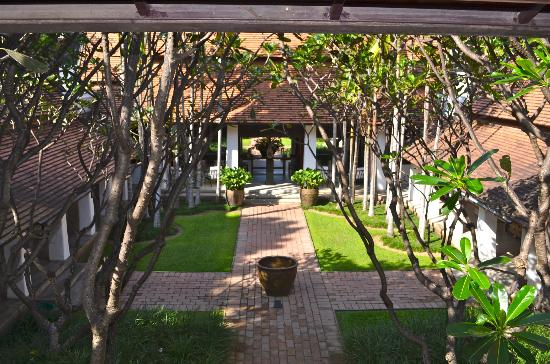 Rachamankha: Hotel grounds