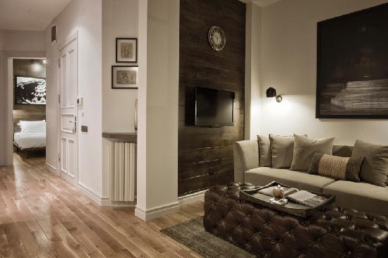 Urban Suites : getlstd_property_photo