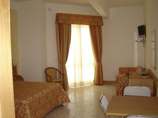 Hotel Residence Charly: camere stupende