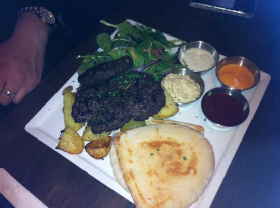 Costas Taverna Greek Restaurant and Ouzo Bar: Barbequed Greek Beef Patties