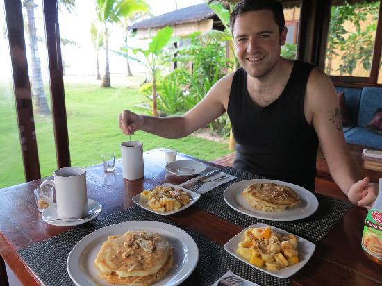 Greenhouse: breakfast time
