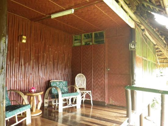 Karawari Lodge: Balcony