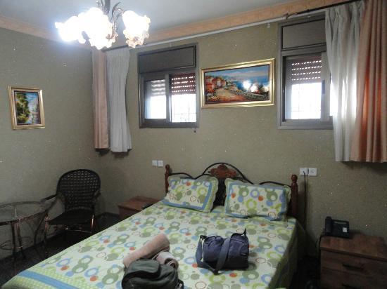 Akko Sand Hostel: Habitación doble con baño privado