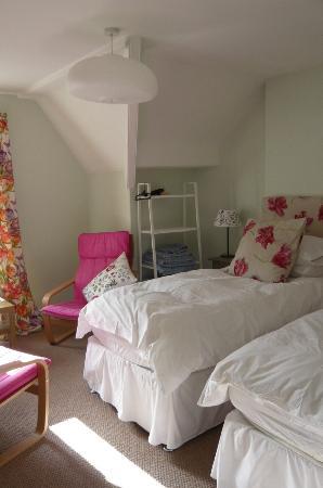 No1 Harrogate: Tulip Room Twin Bedded