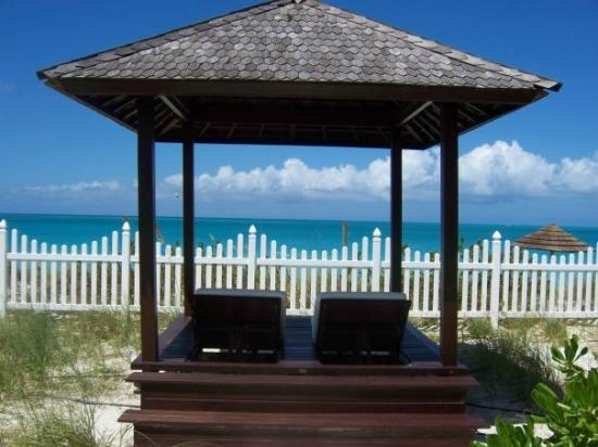 Seven Stars Resort & Spa: Cabana facing the beach