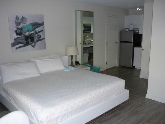The Aqua Hotel: habitación