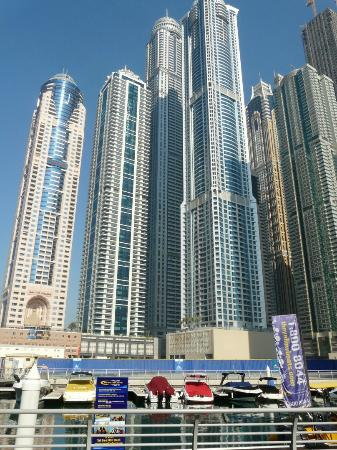 "Radisson Blu Residence, Dubai Marina: The ""Super Talls"" at Dubai Marina"