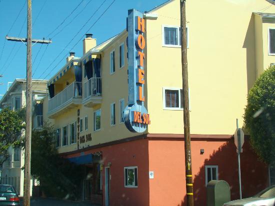 Hotel Del Sol, a Joie de Vivre hotel: Straßenansicht