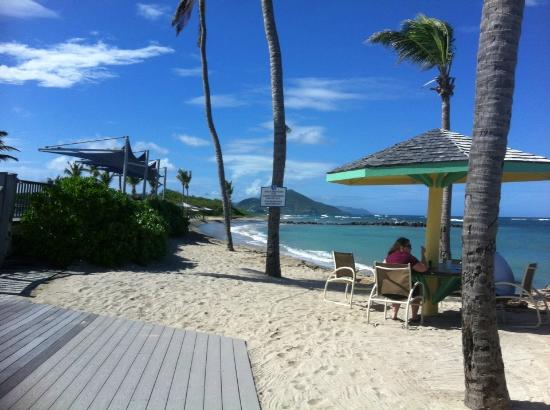 Nisbet Plantation Beach Club: The beach from the Coconut restaurant