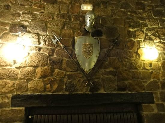 El Baron: Decoración medieval