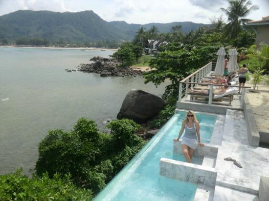 Cape Sienna Hotel & Villas: seconda piscina/spiaggia nella zona sottostante l'hotel