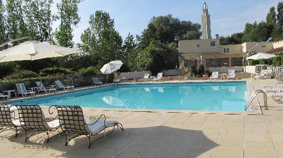 Piscine ext rieur photo de hotel acostel meaux - Piscine de meaux ...