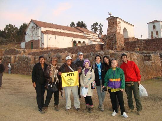 Cusco Explorers: Equipe Inti...guia Bernabé...gente boa demais...