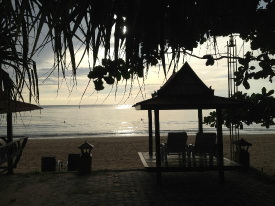 Lanta Sea House Resort: View from our terrace