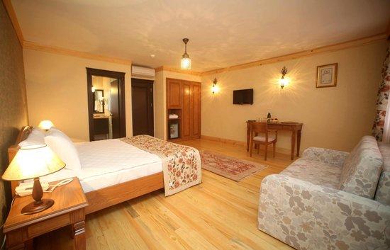 Lalinn Hotel : FAMILY ROOM