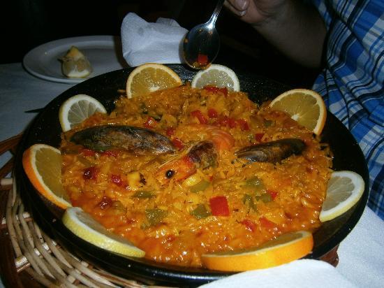 Restaurante El Volcan: Paella for one!