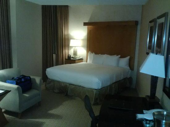Hilton Boston Downtown / Faneuil Hall: Room 714 photo 2