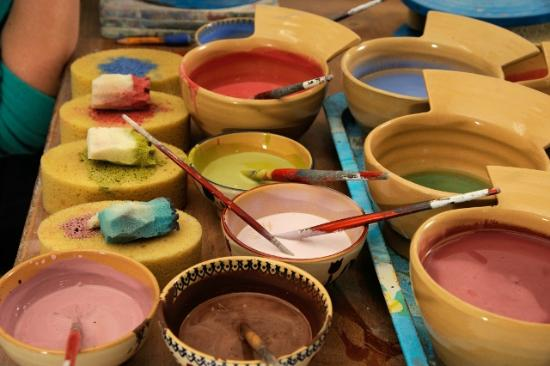 Nicholas Mosse Pottery : Bowls filled with a range of our coloured glazes.