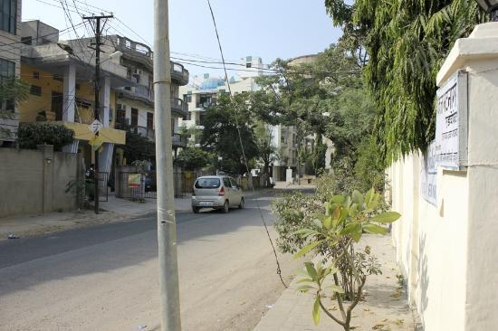 Prem Abhilasha: Meera Marg street, clean & quiet neighborhood 