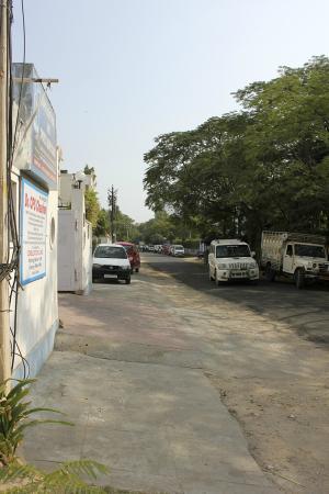 Prem Abhilasha: Meera Marg street, very nice and noise-free neighborhood