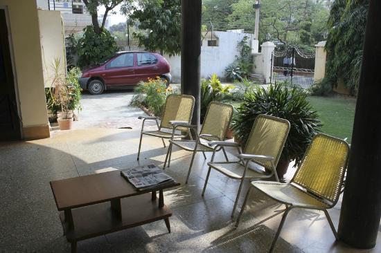 Prem Abhilasha: Hotel & grounds