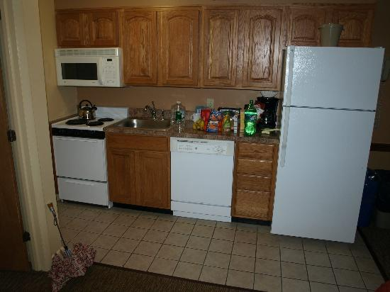 Steele Hill Resorts: Kitchen in East building original unit