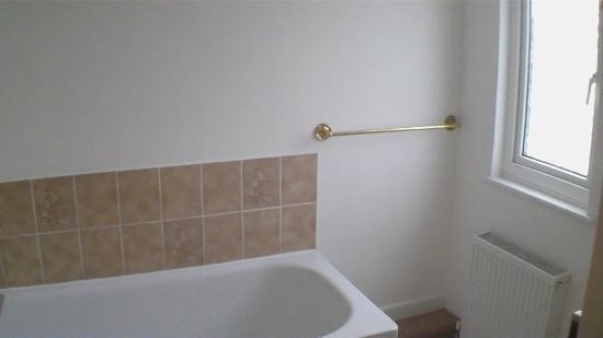 Wayside Cheer Hotel: Bathroom