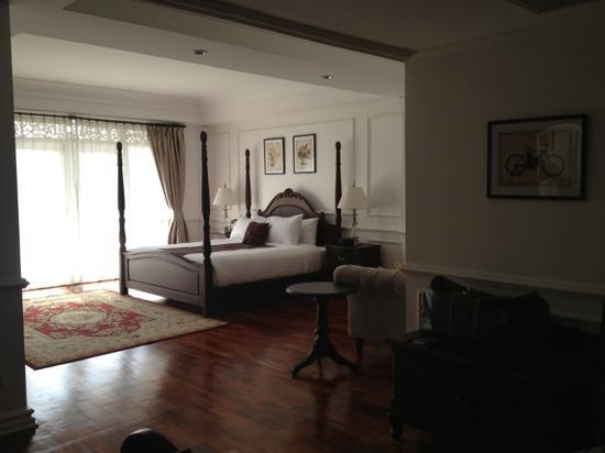 Dhavara Hotel: room