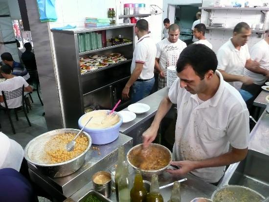 Hummus Said: Making the humous/chickpeas
