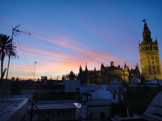 Hotel Casa 1800 Sevilla: View from our terrace!