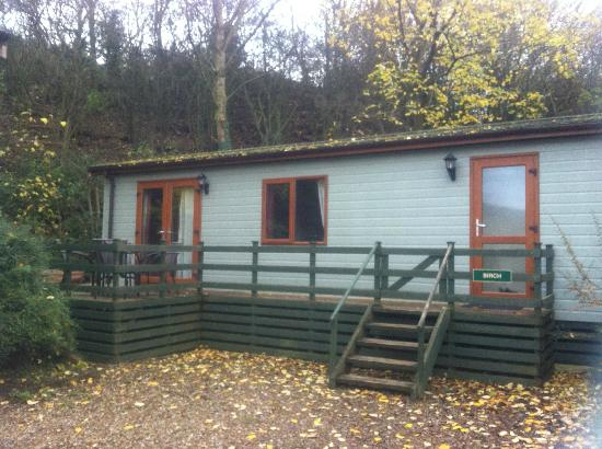 Lindale Holiday Park: Front of Lodge
