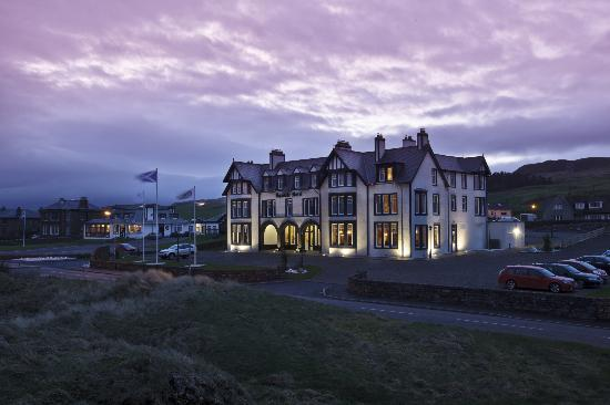 The Kintyre Club: The Ugadale Hotel at Night
