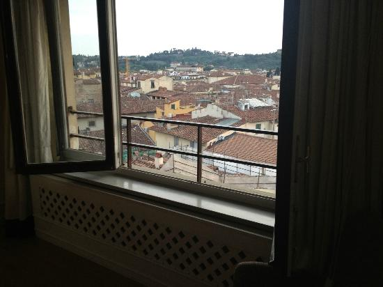 Tornabuoni Suites Collection: The view was pretty, but made for a noisy stay