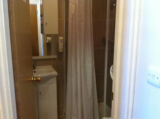 BEST WESTERN Victoria Palace: salle de bain