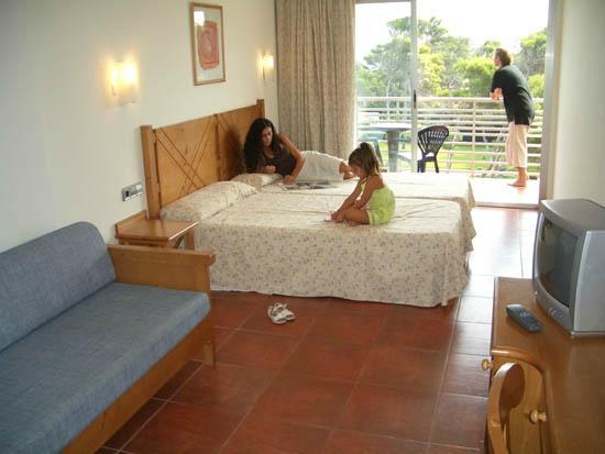 Hotel Na Forana: Room
