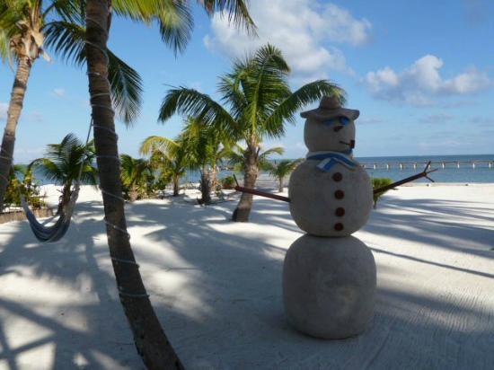 Turneffe Island Resort: Sand Snowman