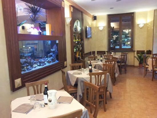 Antico casale Ristorante Pizzeria: sala 1